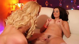 Taylor vixen, Lesbian big boobs