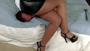 Leather, Leather skirt, Face sitting, Big booty, Kelly divine