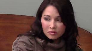 Совращение молодые, Лесбиянка соблазнила девочку