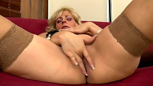 Mom, Mature amateur, Wet pussy, Mature, Moms