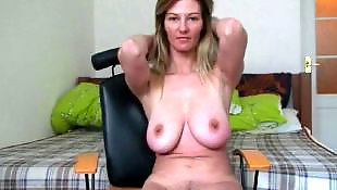 Mom, Big pussy, Pussy show, Showing, Show, Mature amateur