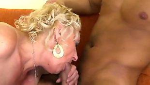 Молодые со зрелыми, Мастурбация зрелой с большой задницей, Зрелые с большими жопами, Зрелое анальное порно, Зрелая с большой жопой мастурбирует, Зрелая с большими сиськами анал