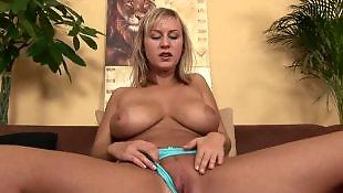 Juggs, Amazing, Massive tits