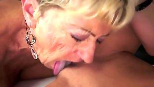Starsza brunetka, Dojrzałe babcie sex