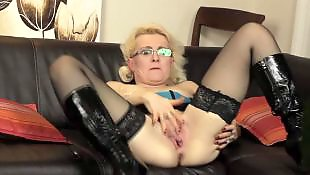 Dildo mature, Mature, Mom, Moms, Milf dildo, Mature amateur
