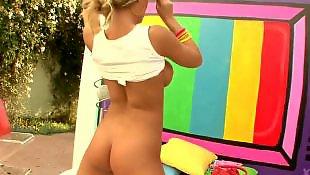 Nicole aniston, Busty pov