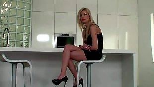Лесбиянки в обтягивающем, Красивые блондинки с неграми, Красивое hd, Порно фотографии, Порно в платьях, В длинном платье