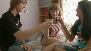 Teen threesome, Threesome teen, Amateur threesome, Young threesome