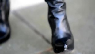高跟, 鞋跟b