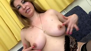 Milfs mouilles, Mature amatrice mouille, Mouille, Grosses mamies, Grosse mamie