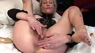 Mature, Housewife, Mature amateur, Moms, Mature masturbation, British mature
