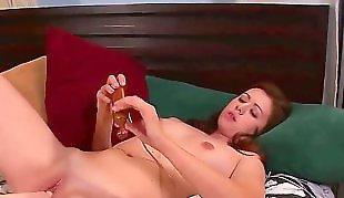 Redhead solo, Solo orgasm