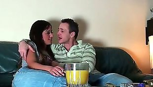Секс на камеру, Порно очень юных