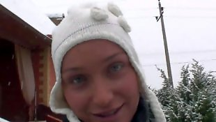 Na śniegu, Hd ds