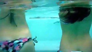 Underwater, Booty shake, Shaking, Booty