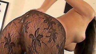 Супер брюнетка, В сексуальных чулках мастурбирует