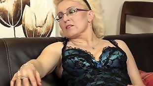 Mature, Dildo mature, Mom, Moms, Milf dildo, Mature amateur