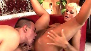 Мастурбация волосатых, Волосатые куннилингус, Волосатое порно, Блондинка показывает попку