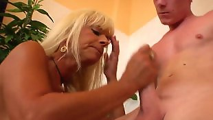 Mature blowjob, Mature, Moms, Rim, Mom blowjob