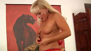 Mature masturbation, Milf dildo, Curvy, Mature, Moms, Mom