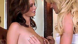 Секс с мужем, Мастурбация под порно лесби, При муже, Голодные до секса