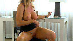 Dripping, Milf dildo, Cougar, Milf masturbation, Amber, Dildo milf