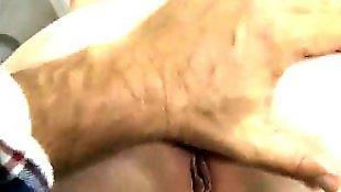 幼女阴, 女性生殖器