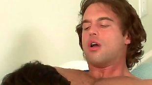 Milf соблазняет парня, Соски мамы, Соски парню, Маме нравится, Порно мама порно мам, Порно мама
