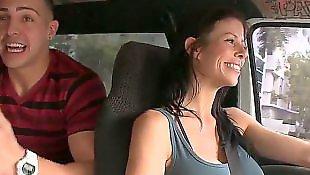 Модель позирует, Порно с автомобилем, Порно в автомобиле, Душ в hd, В лифчике, В душе