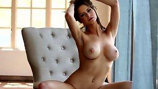 Schöne nackte Brüste