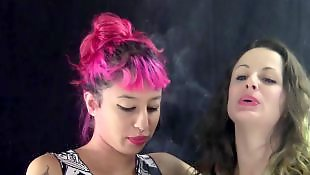 Smoking, Lesbian kissing, Kissing, Lesbian kiss