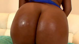 Black booty, Sean michaels, Too big