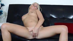 Masturbation gros cul gros seins doigt, Blonde chatte mouille