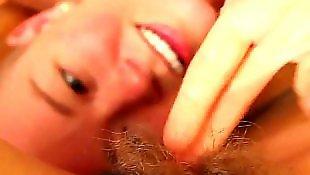 Лизать писю волосатую, Лизать пизду волосатую близко, Лижут лесби пизду волосатую, Лесбиянки крупный план, Лесби пизда волосатая вблизи, Лесби пизда близко