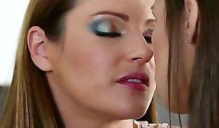 Lesbians kissing, Pain, Samantha ryan