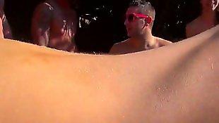 Lesbian pool, Ass shake