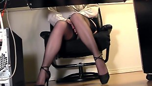 Secretary, Cam, Under desk