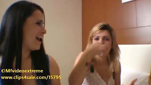 Kissing, Lesbian kissing, Brazilian, Hot lesbians, Kiss, Lesbian hot