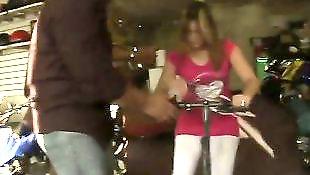 Тело зрелой, Зрелые в жопу, Дразнит зрелая, Велосипед