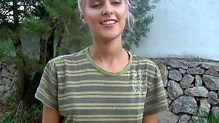 Sasha blond, Sasha blonde