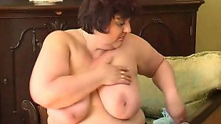 Masturber mature grosse, Mature avec godemichet, Grosses mamies, Grosse mamie