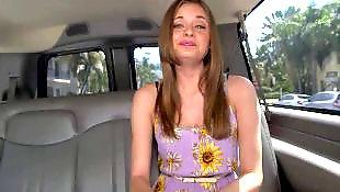 跟女孩, 少女胸部, 在车上