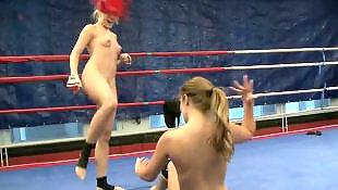 Nude lesbien
