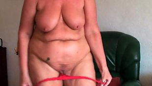 Granny masturbating, Chubby ass, Ass masturbation, Big ass, Saggy, Mature masturbation