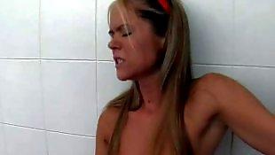 Lesbian shower, Lesbian bath