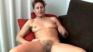 Hairy mature, Spreading, Mature hairy, Legs, Mature amateur, Hairy