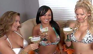 Lesbian bikini, Reality king, Milf lesbian, Hd milf