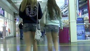 Voyeur, Shorts