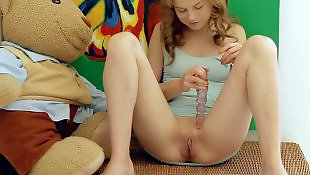 Wow, Wow girls, Young dildo